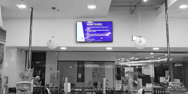 Atenţionări COVID-19 în magazinele Bebe Tei, pe ecrane digitale