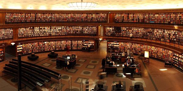 Cum pot fi readuse la viaţă librăriile prin digital signage