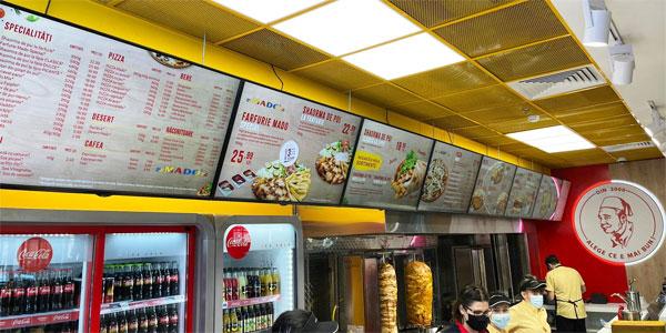 Soluţii de digital signage în restaurante: 10 idei pentru un conţinut de 5 stele